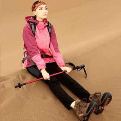 往北飞户外运动情侣冲锋衣冬款男女单层防水正品女士登山服红紫